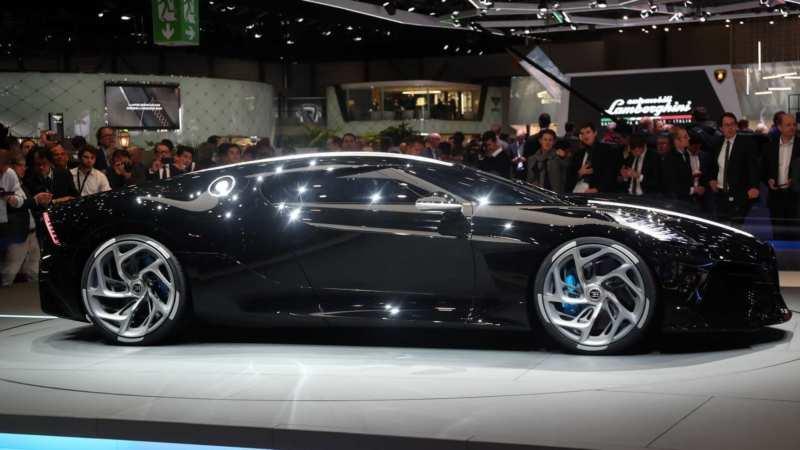 Bugatti La Voiture Noire side view