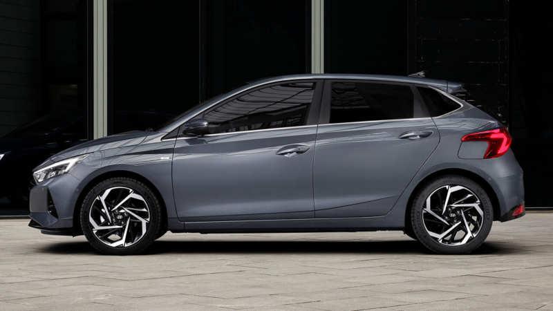 Hyundai i20 side view