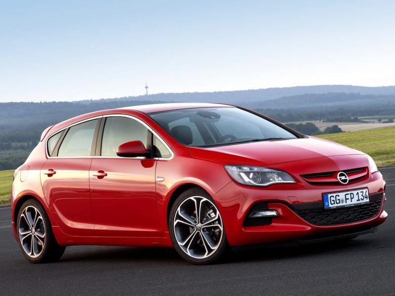 Opel Astra J photo