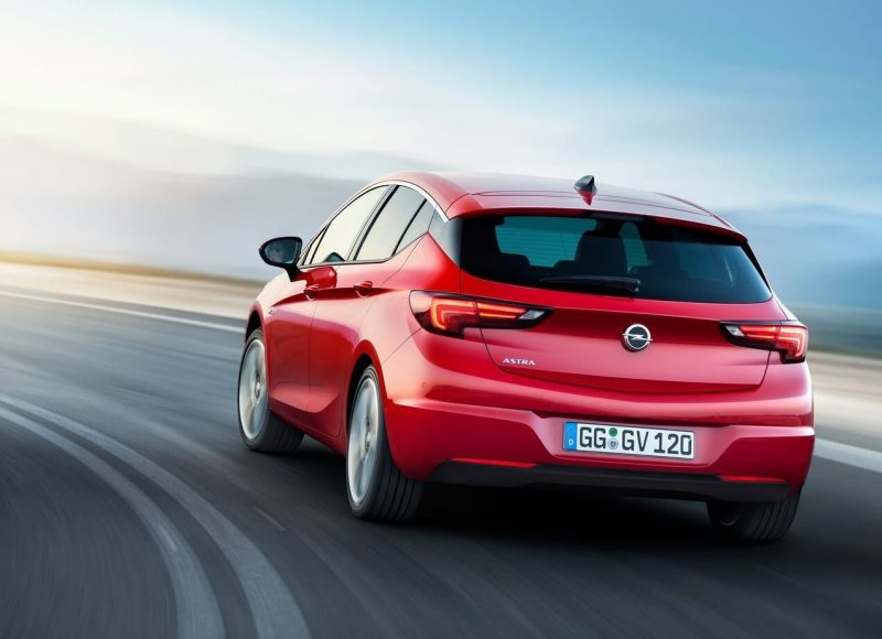 Opel Astra K rear view