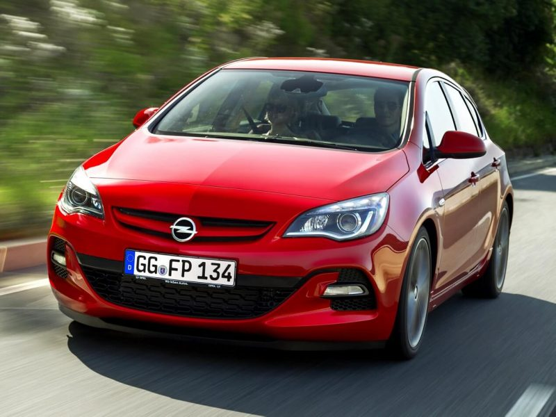 Front view of Opel Astra J